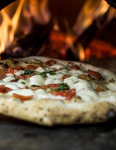 pizza-margherita-napoli-pizzeria-decumani-tribunali-forno